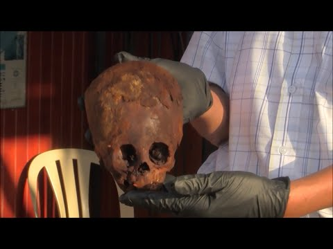 Unwrapping A 2400 Year Old Blonde Elongated Mummy Head Of Paracas Peru