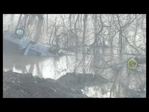 Massive Landslide In Kentucky Takes Trucks and Equipment Into The River Below