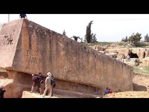 """The 1200 Ton """"Stone Of The Pregnant Woman"""" At Baalbek In Lebanon"""